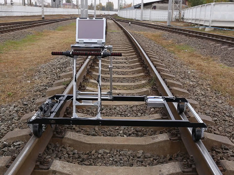 Eddy current single-rail 8-channel flaw detector ETS2-77 for the track rails control
